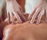 Jógová masáž - Masáže Husova